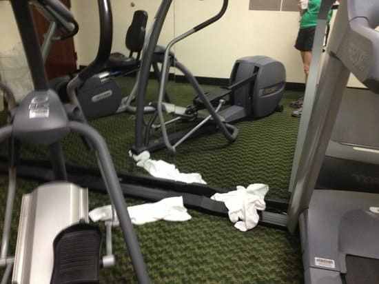 things real men don't do at the gym 7